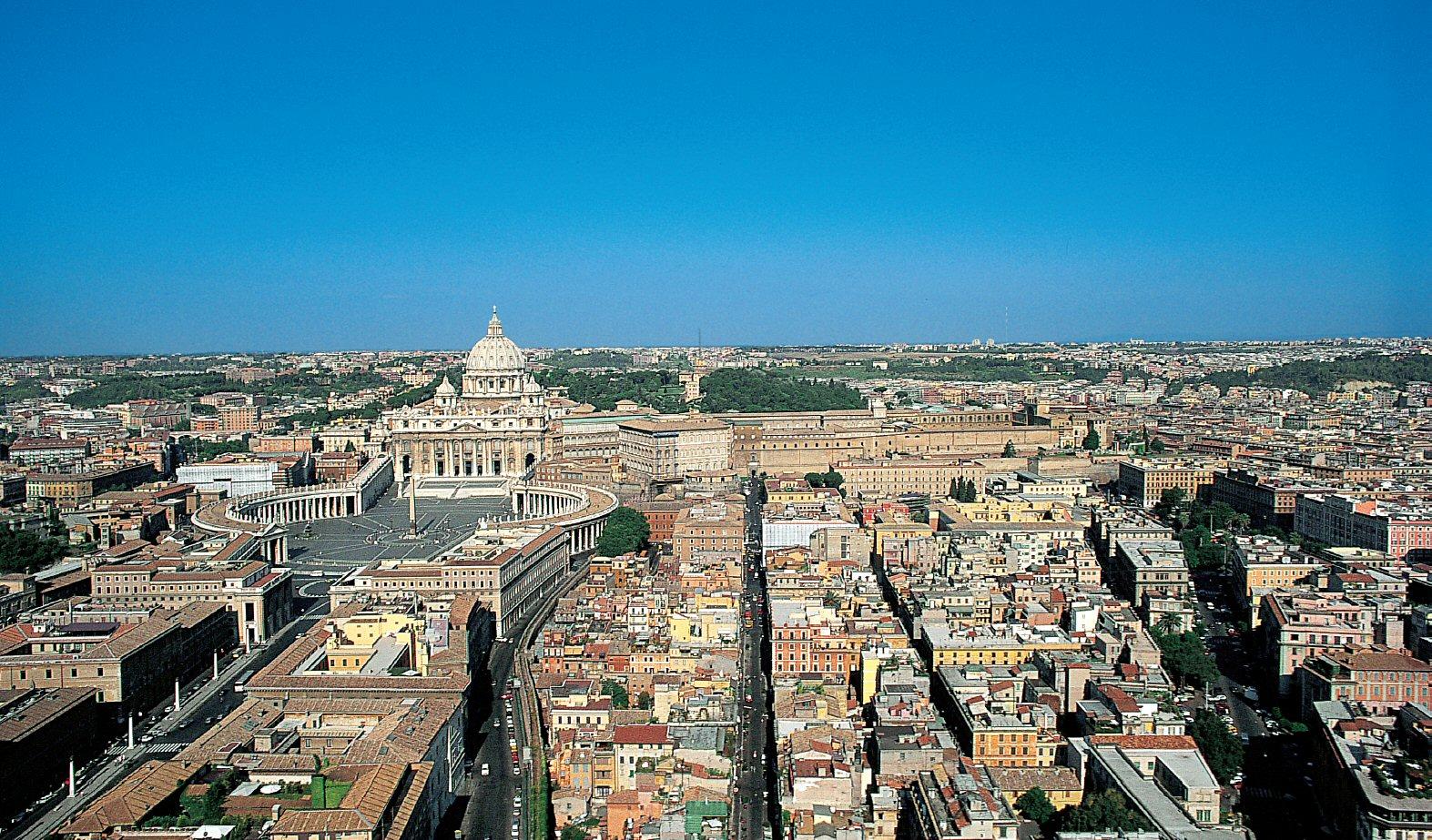 Aerial view Vatican City , Rome - www.visit-vaticancity.com