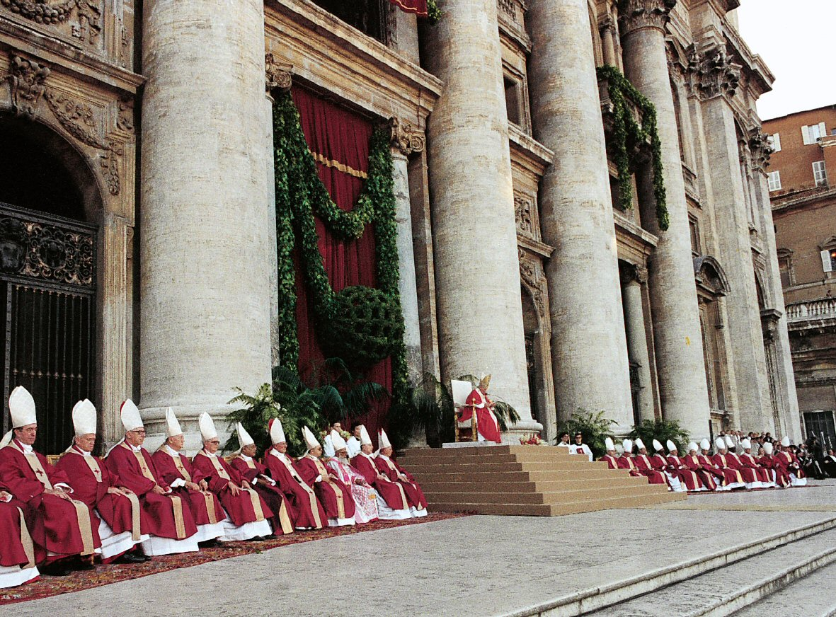 Sacred College of Cardinals - St.Peter's Basilica - www.visit-vaticancity.com